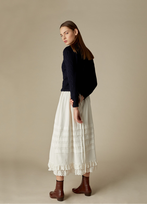 Falda de lorzas de algodón crudo Queenie con puntilla bordada-2