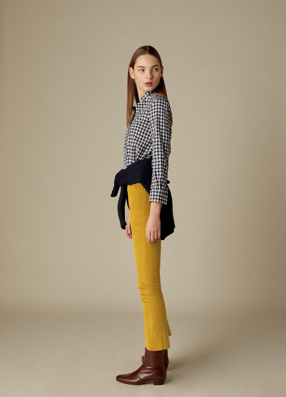 Pantalón de pinzas de pana mostaza con bolsillos Celestine-3
