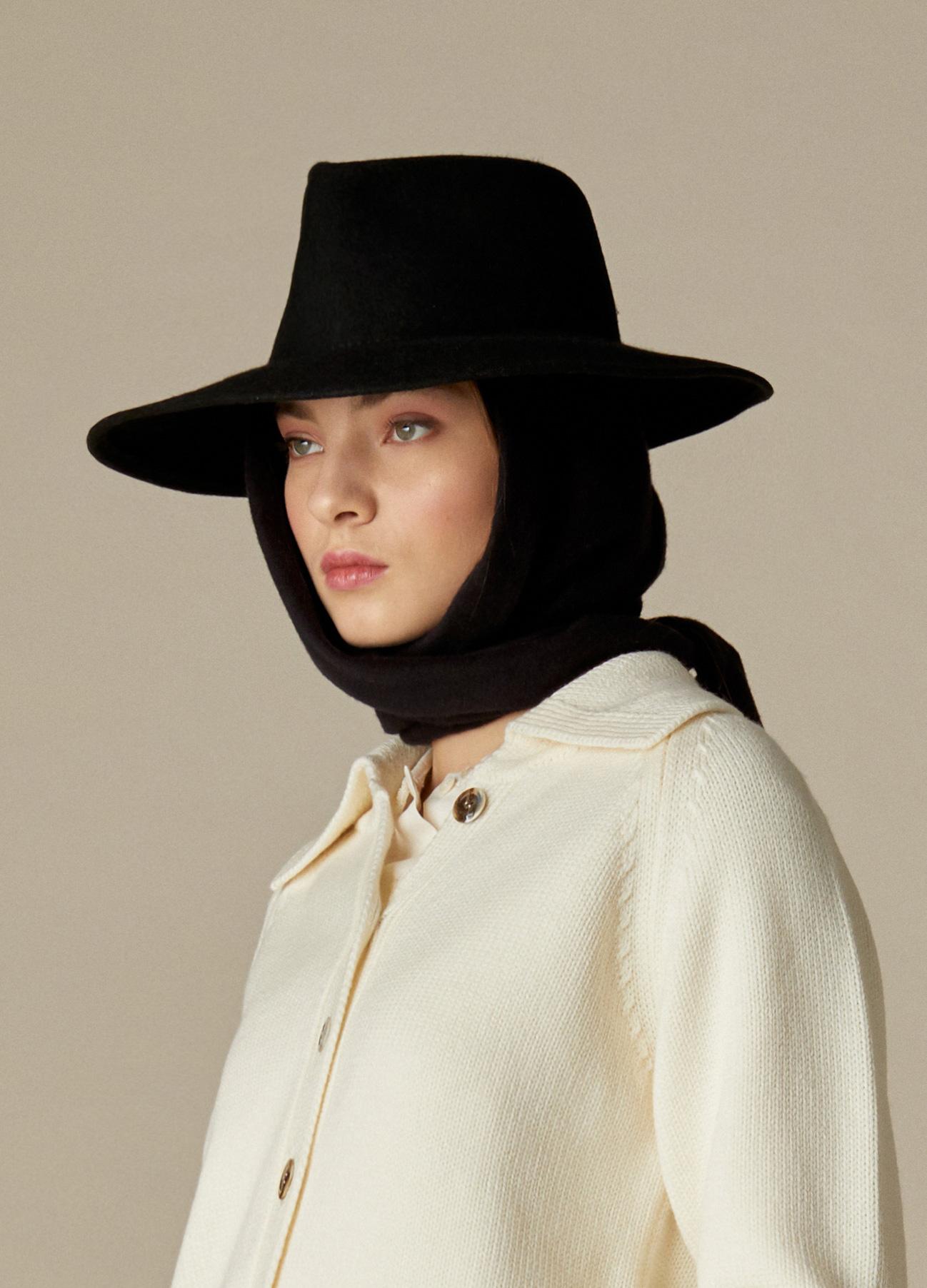Sombrero de fieltro 100% lana Dora negro con pañuelo de quita y pon-1